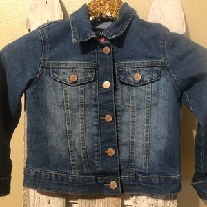 Children's place jean jacket size small 5/6